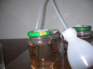 désinfecter le port d'inoculation avec de l'alcool à 70°